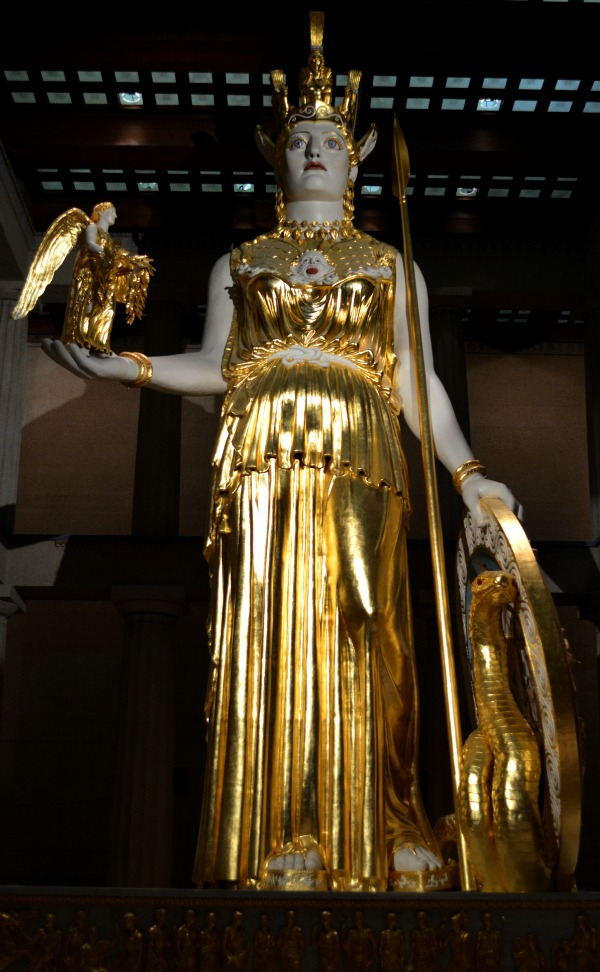 A weekend in Nashville - visit the Parthenon