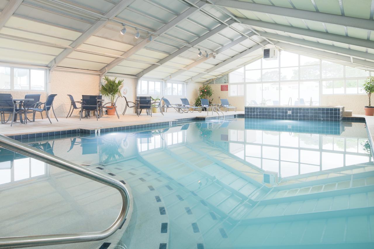 The large indoor pool at Fenwick Inn in Ocean City, Maryland