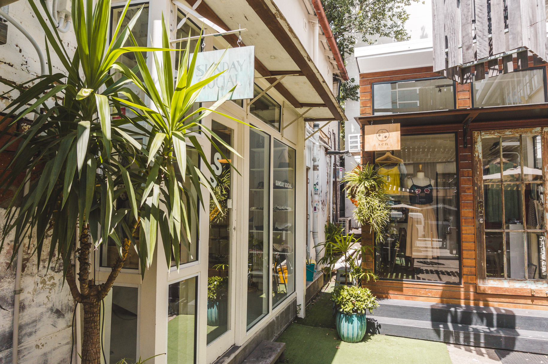 Fun things to do in Brisbane - explore Fortitude Valley.