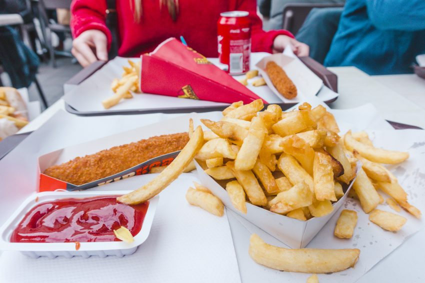Things to do in Brussels, Belgium: fries at Fritland