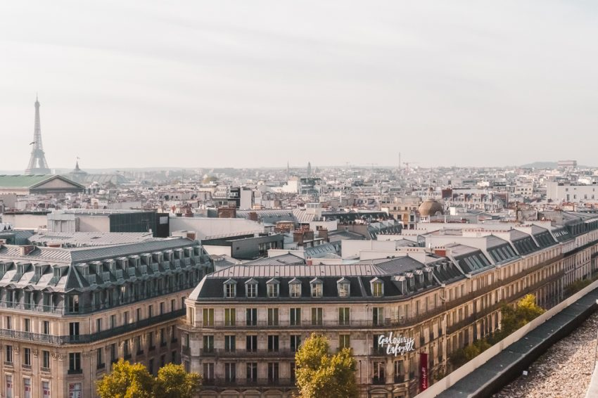A Solo Travel Guide to Paris, including the best things to do, the best hostel and where to eat in Paris.
