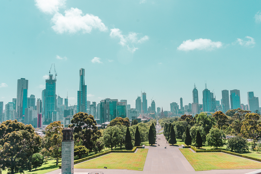 Free things to do in Melbourne - visit the Shrine of Remembrance