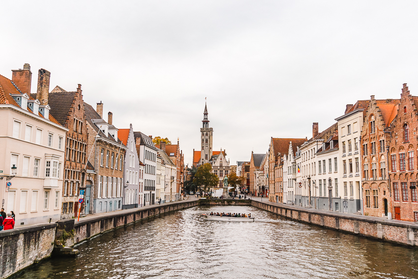 The best places to visit in Bruges - Canal Spiegelrei