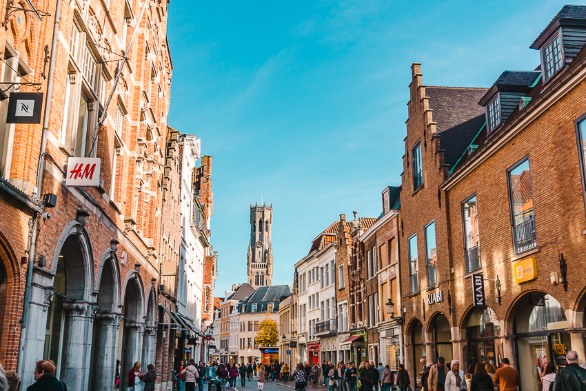 Where to take photos in Bruges - Steenstraat