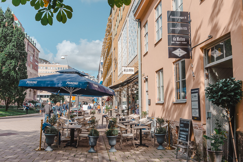 Strolling the streets of Magasinsgatan, a hip neighbourhood of Gothenburg.