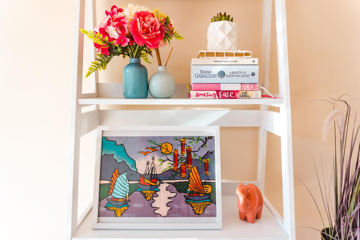 Travel-themed decor ideas / travel-inspired prints