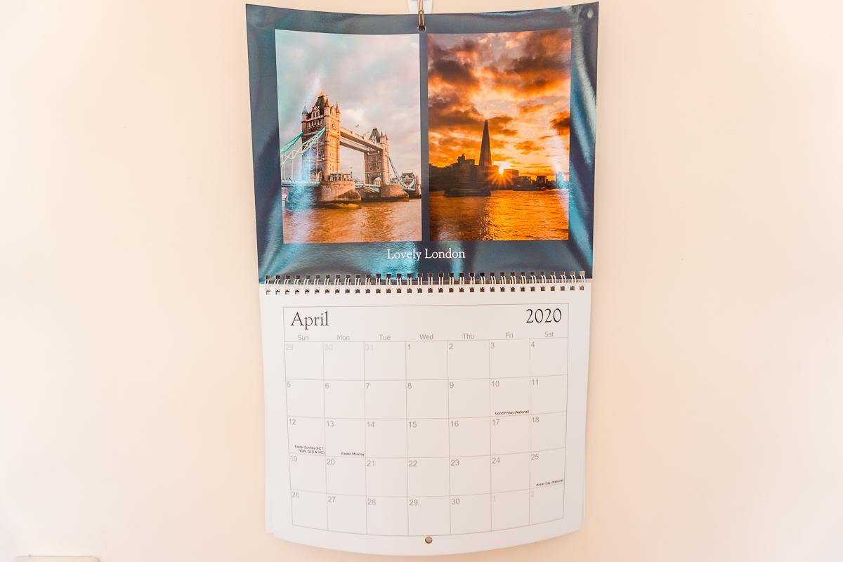 Travel-themed decor ideas - wall photo calendar